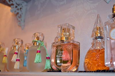 ロジーヌの香水